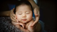 Skin-to-Skin: the Importance of Touch for Your Baby
